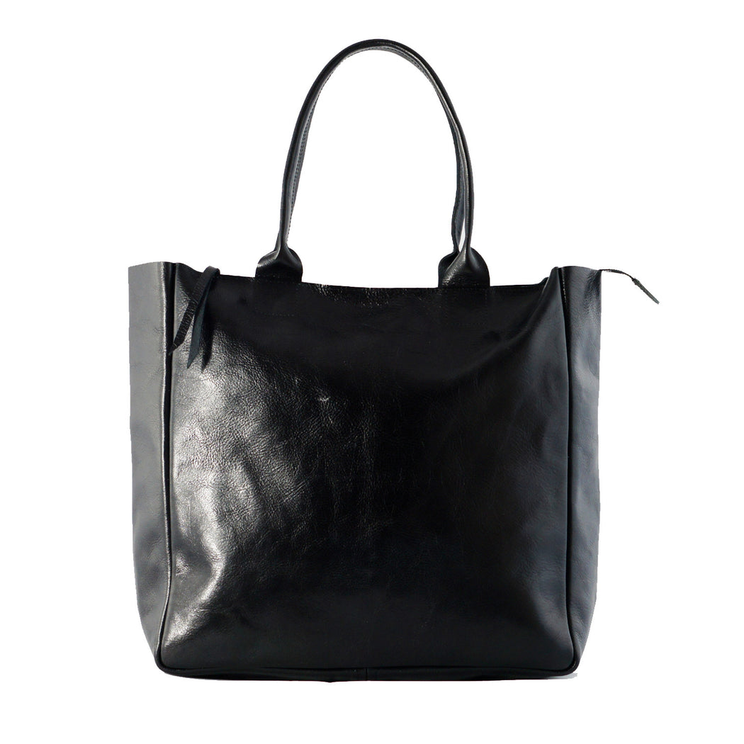 heirloom-carryall-in-black-1