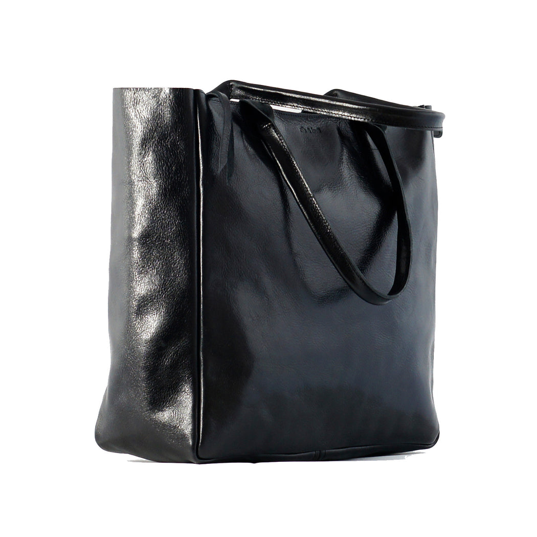 heirloom-carryall-in-black-2