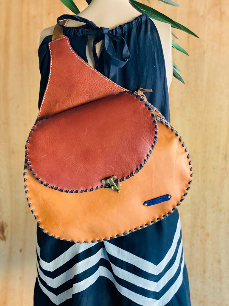 "X- Large ""One Strap Lucy"" Saddle Bag"