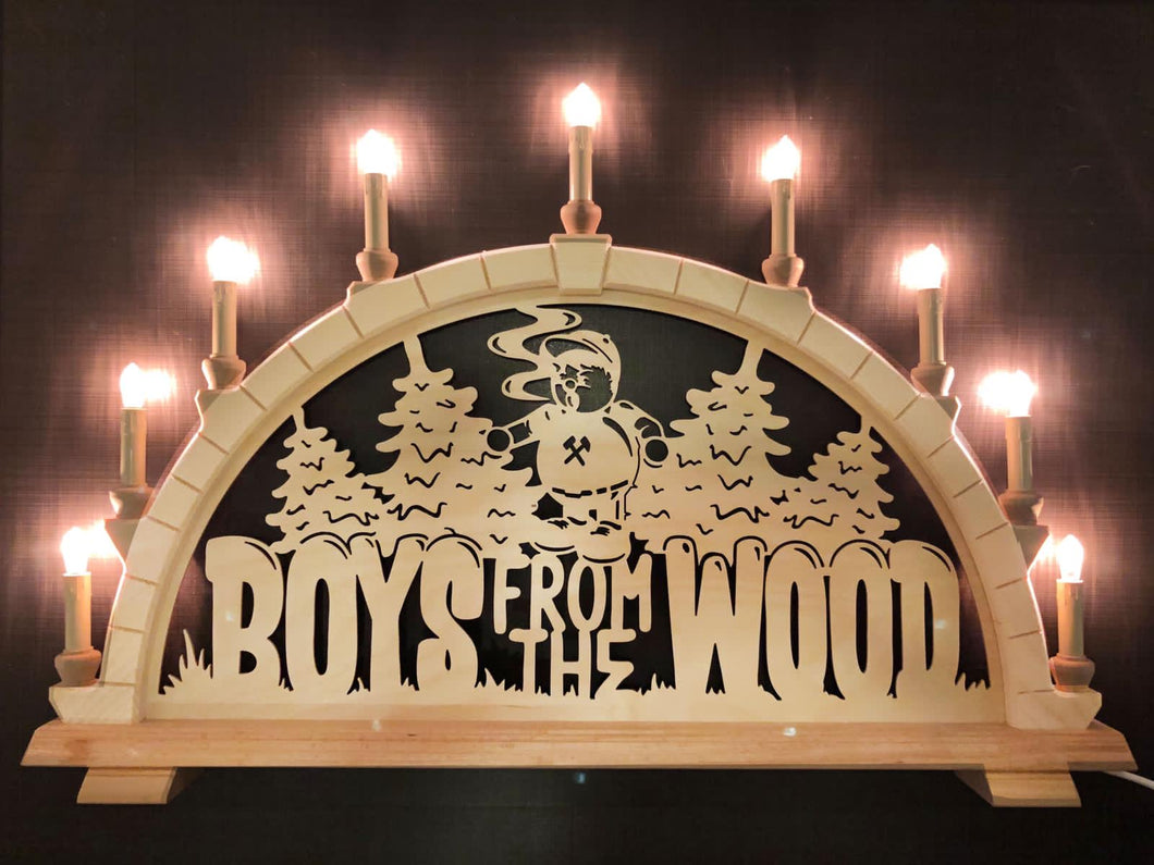 BOYS FROM THE WOOD Schwibbogen