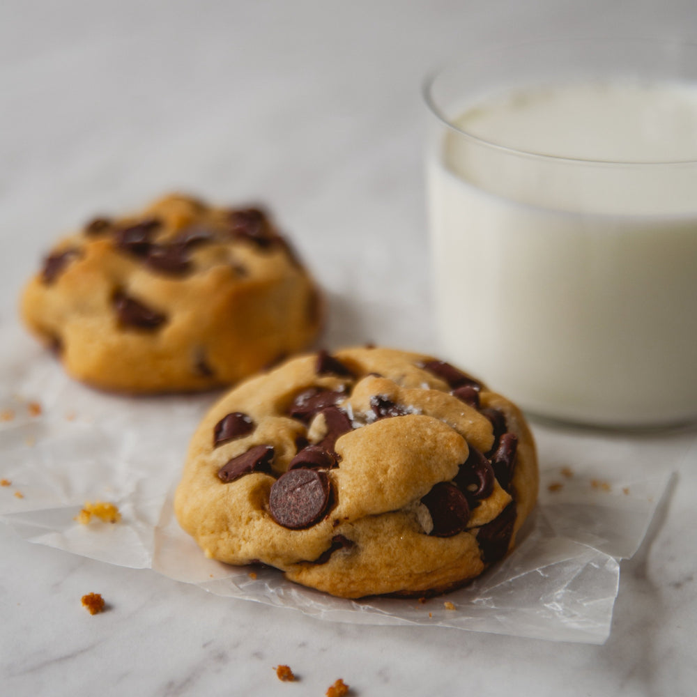 Mini Chocolate Chip Joy Box (1 Dozen Cookies)