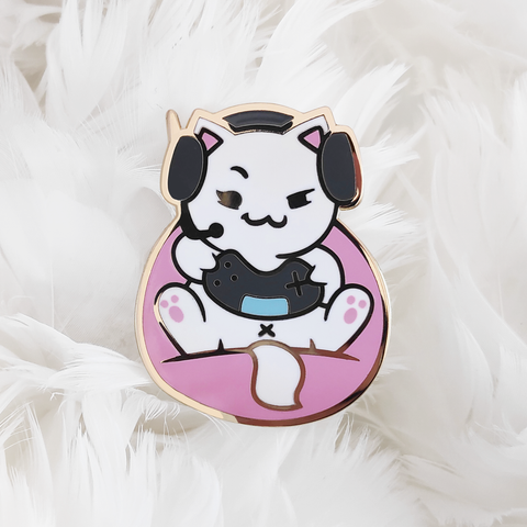 "Catniss ""Gamer"" Pin"