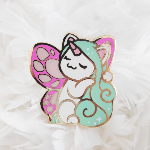 Minty Heart Pin