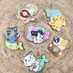 "Pipsqueak ""Selfie"" Pin - Castle Cats Store"
