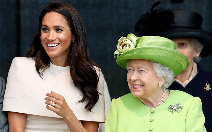 Meghan-duchess-of-Sussex-and-queen-Elizabeth-in-pearls