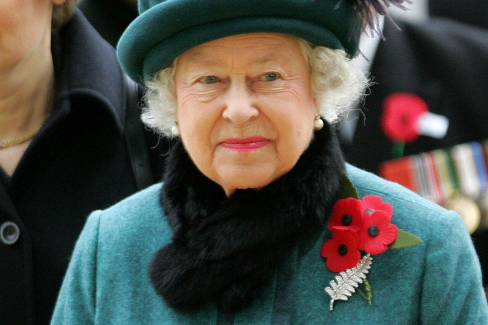 queen-elizabeth-and-new-zealand-fern-brooch