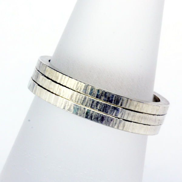 Stack ring ~ Skinny Ripple Silver