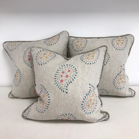 Make a piped and zipped cushion - Saturday 9th May