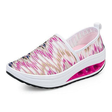 Stripe Elastic Mesh Rocker Sole Shake Shoes For Women