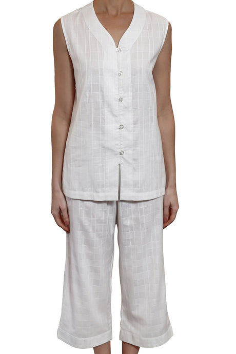 Hayley cotton jacquard print sleeveless pyjama with V button front opening top and elastic and draw string pants that are 3/4 length. front