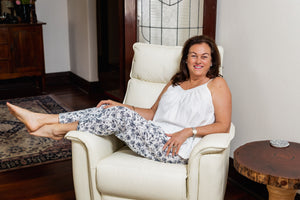 The Heidi black-on-white floral cotton pyjama pants are full length and made with an elastic soft waist and drawstring.