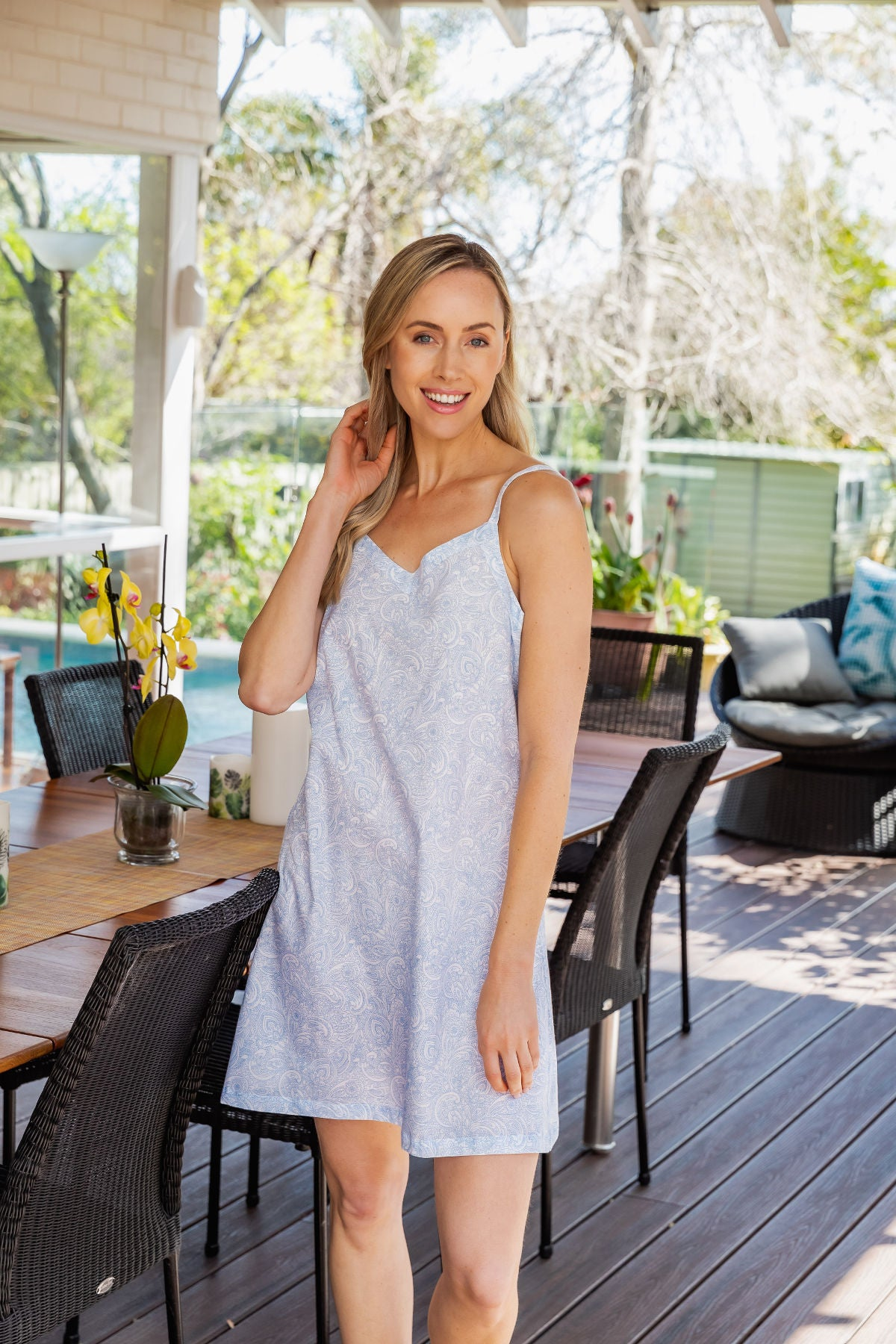 The beautiful Joyce cotton slip nightie with a paisley design is perfect for those dreamy holidays or those long mornings in bed.  With adjustable straps and V front neck.