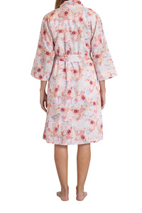 Sophia cotton voile robe with its floral pattern, tie waist, side pockets and crosses over. back