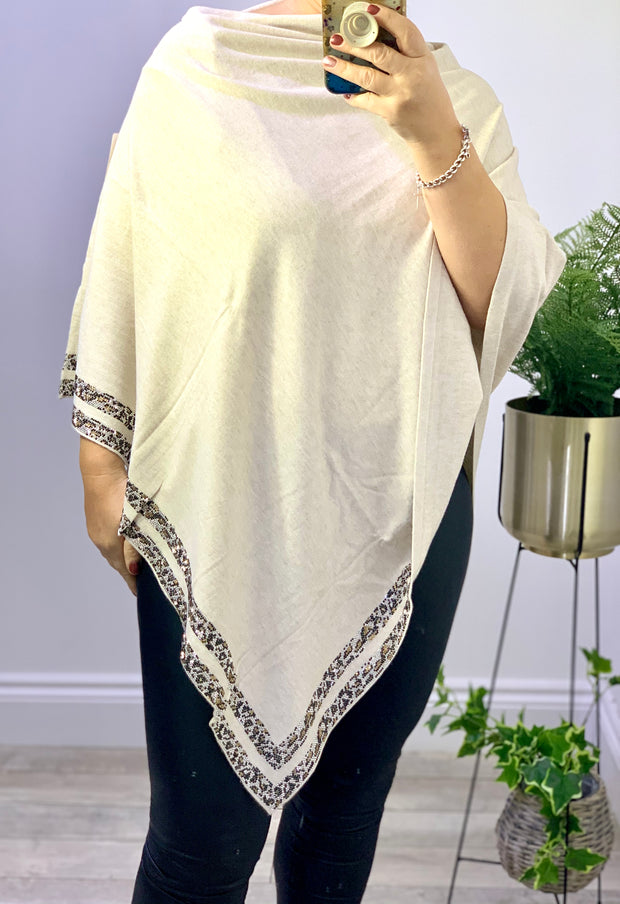 Luxurious Poncho In Fine Knit With Diamanté Edge