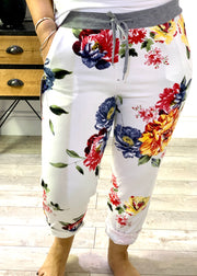 Plus size Magic Stretch Jogger White shell ginger flower