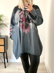 Hattie oversized Swing Pretty Flower Top