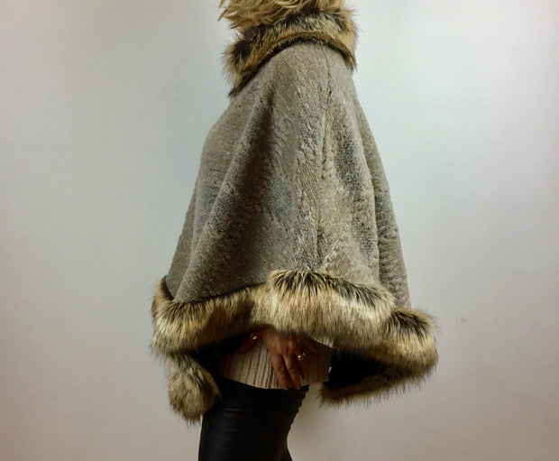 Luxurious Made In Italy Poncho With a Faux Fur Trim