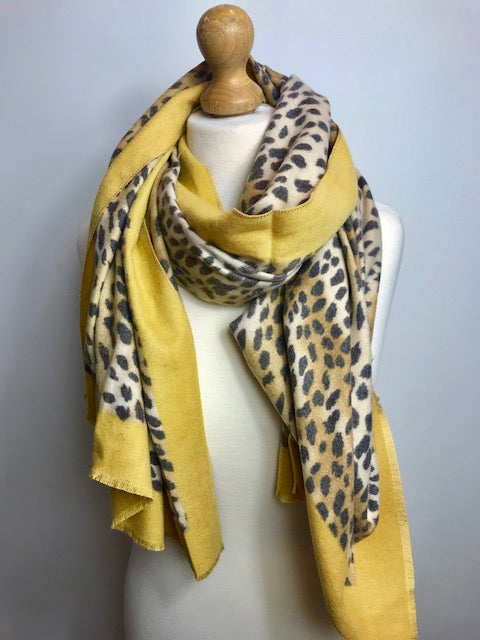 Long cashmere Scarf with Leopard Print insert
