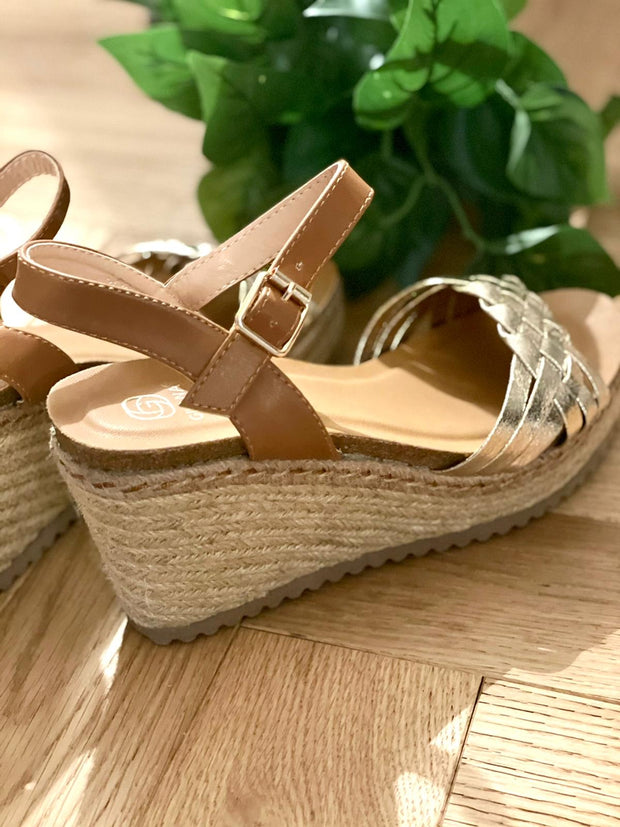 Boho chic wedge sandles