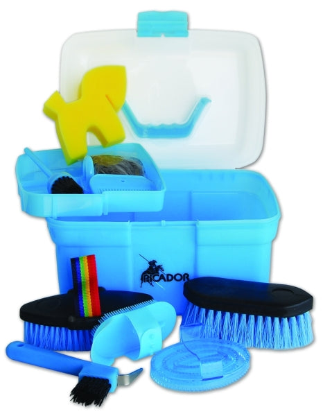 PICADOR GROOMING BOX WITH 9 GROOMING ITEMS