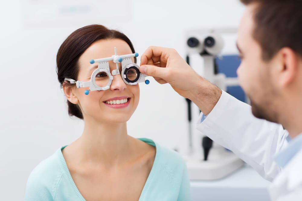 The Difference Between an Ophthalmologist, Optometrist and Optician