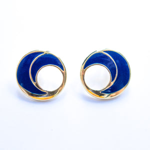 "Second Room Vintage Clothing. Vintage navy blue and gold tone round stud earrings, with a hole cut out of the center. Earrings are 1-1/8"" round. Original earring backs have been replaced with new, clear silicone backings. Free North American shipping on all orders."