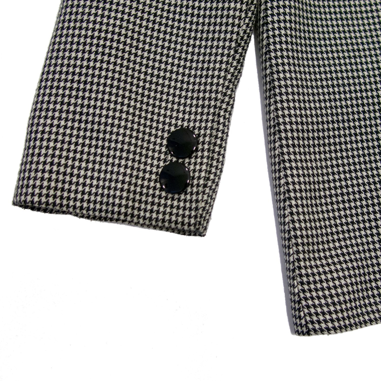 Second Room Vintage Clothing. Vintage black and white houndstooth print open blazer, fully lined in black, with two buttons on each cuff, and two front pockets. This blazer has two decorative buttons on the front, but the blazer is an open style, without any closure. Free North American shipping on all orders.