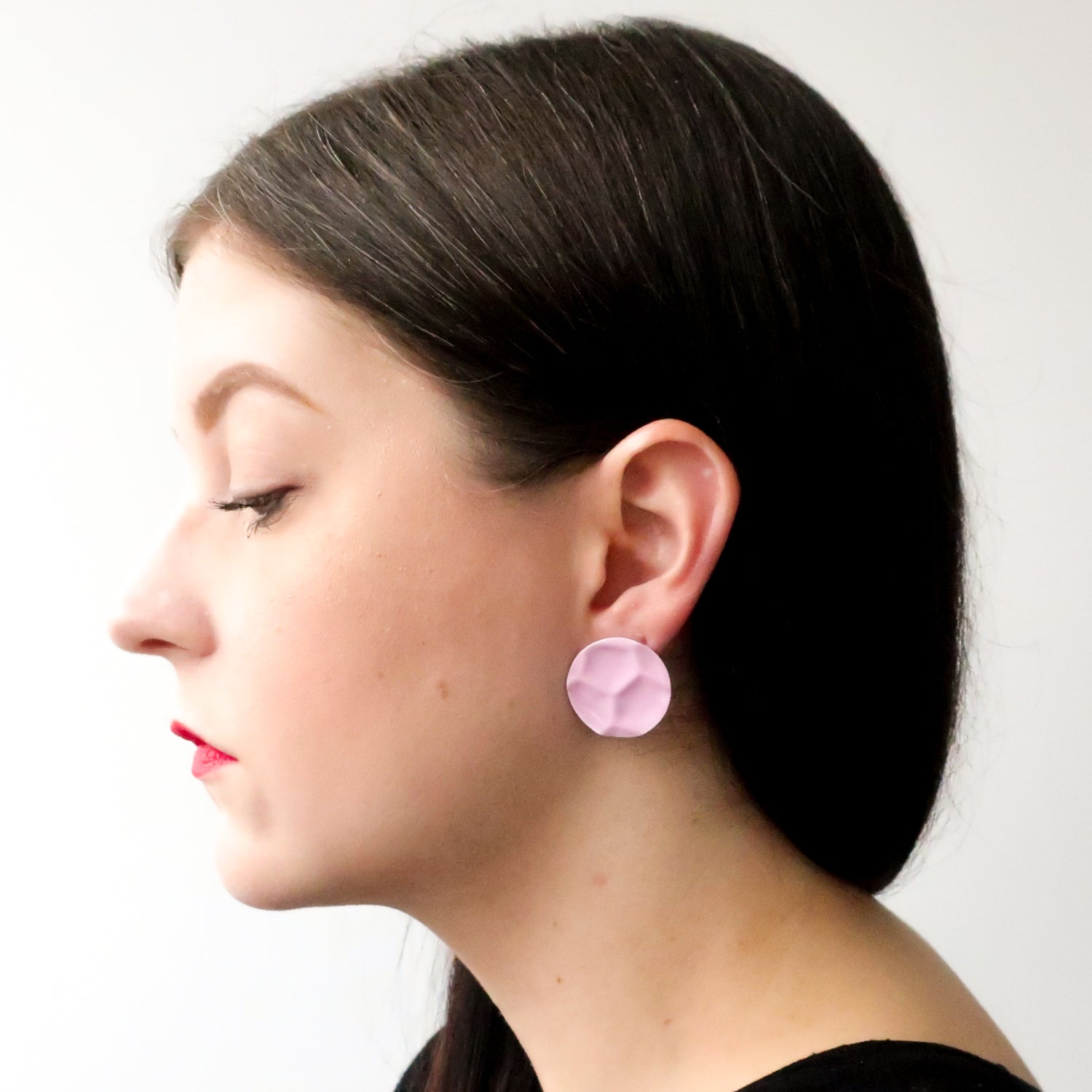 "Second Room Vintage Clothing. Vintage round pink enamel earrings with honeycomb pattern; 1"" diameter. Free North American shipping on all orders."