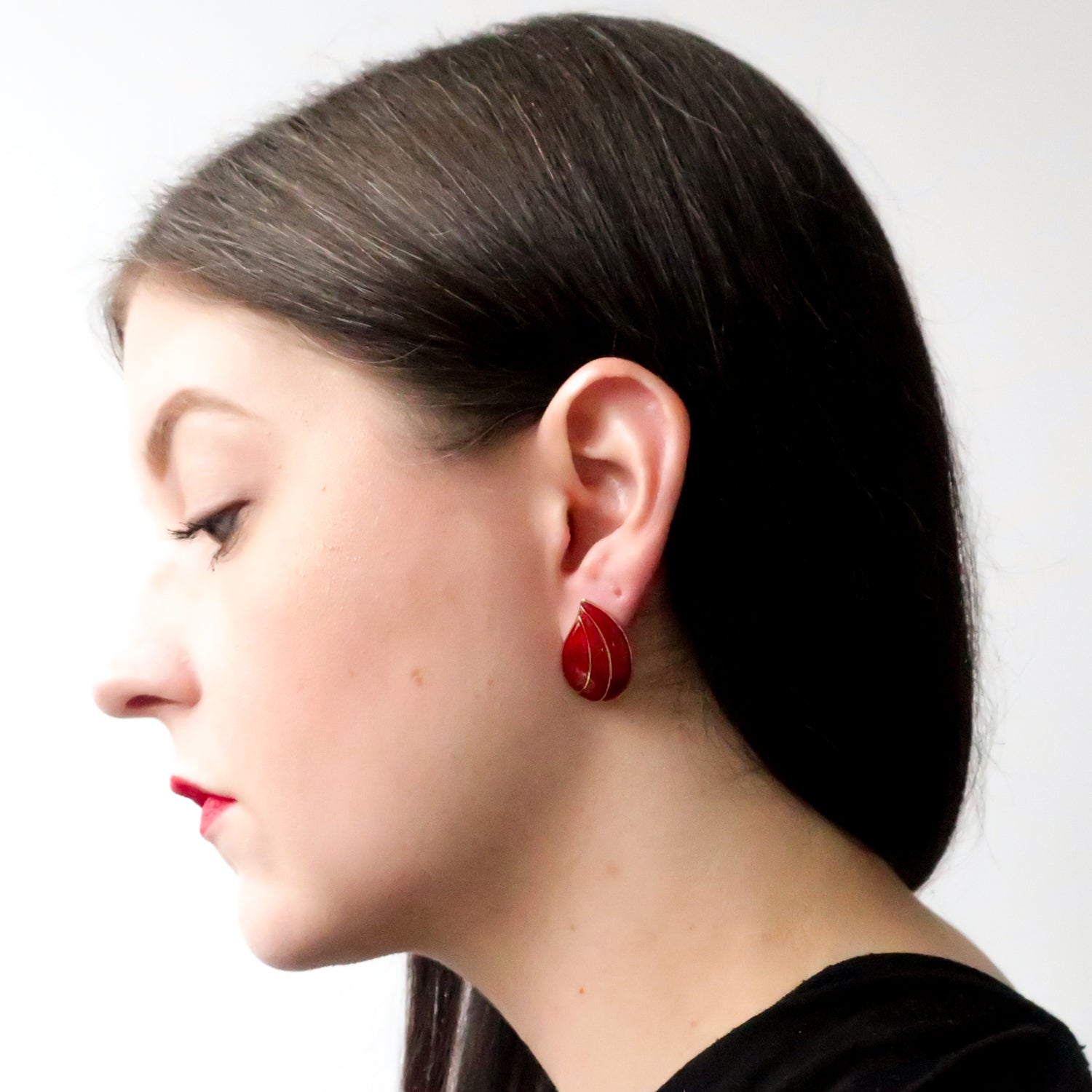 "Second Room Vintage Clothing. Vintage red and gold tone teardrop shaped enamel stud earrings, 1/2"" wide and 1"" tall. Free North American shipping on all orders."