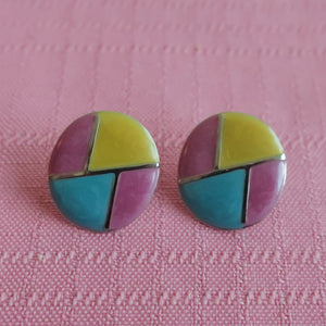 Second Room Vintage Clothing. Vintage round metal & enamel stud earrings, with pink, yellow and blue geometric pattern, and silver tone details. Free North American shipping on all orders.