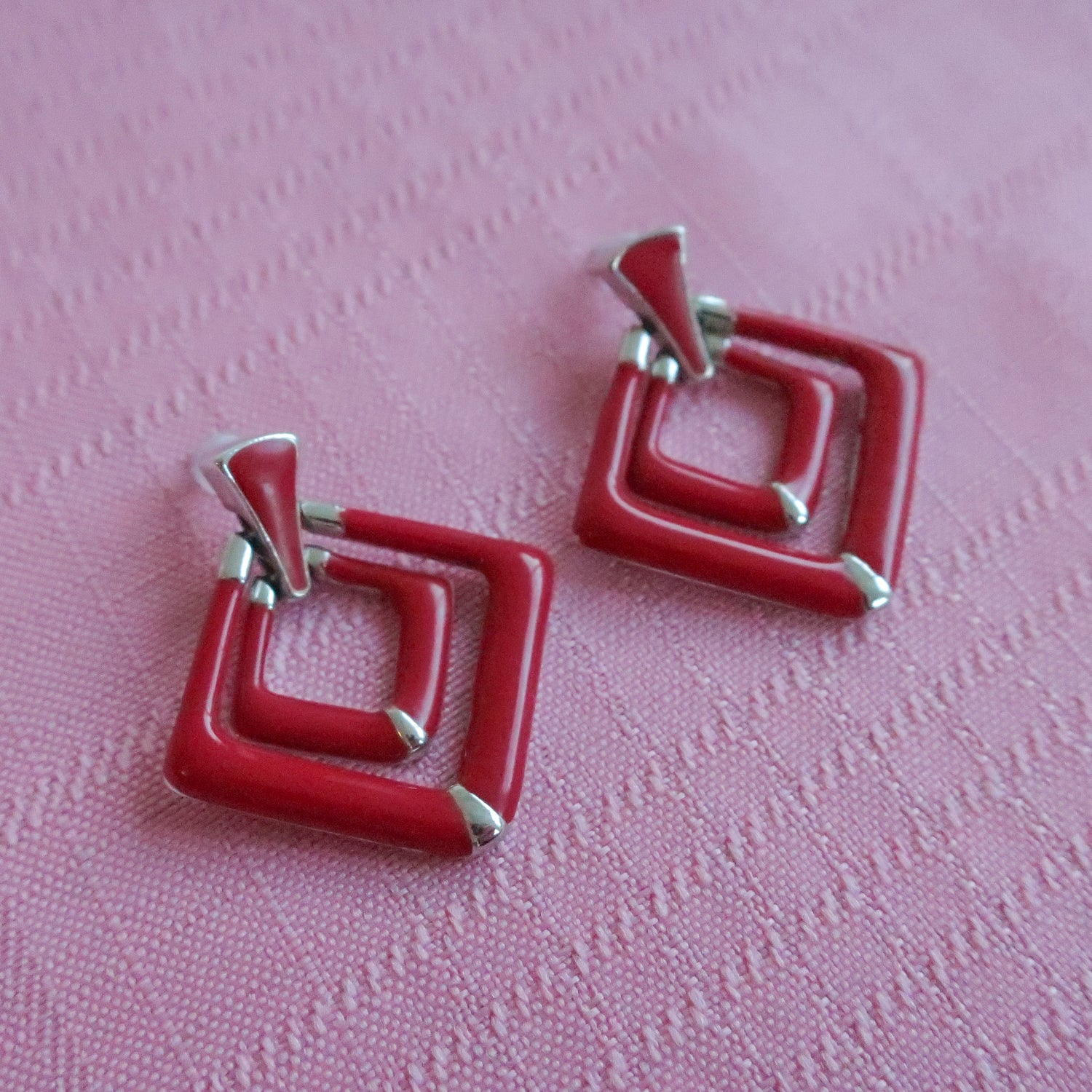 "Second Room Vintage Clothing. Vintage red & silver tone diamond shape dangle doorknocker style earrings; 1.5"" long, 1.25"" across at widest. Free North American shipping on all orders."