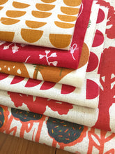 Load image into Gallery viewer, Organic fabric bundle – red, orange, yellow
