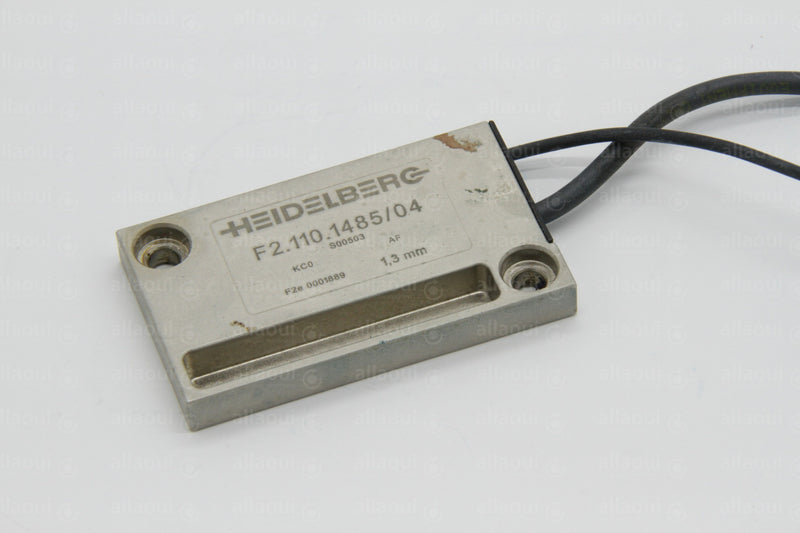 Product photo MV05749605 Sensor with Shim, Unterlegblech mit Sensor