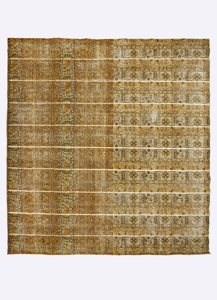 Kavin Wool Hand Knotted Carpet