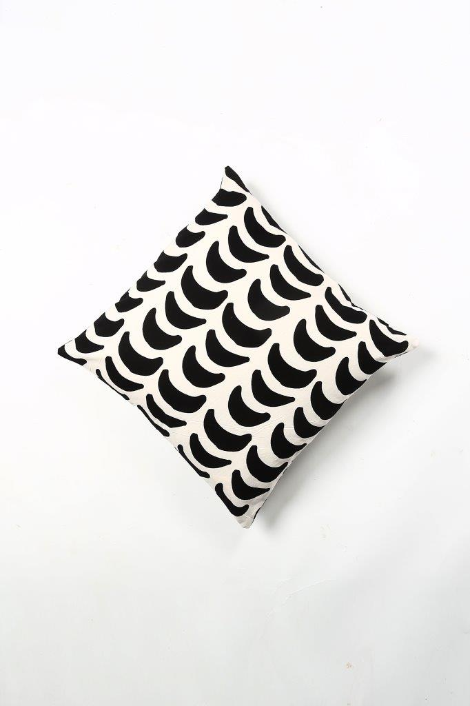 Roza Cushion Cover - Set of 2 Pcs