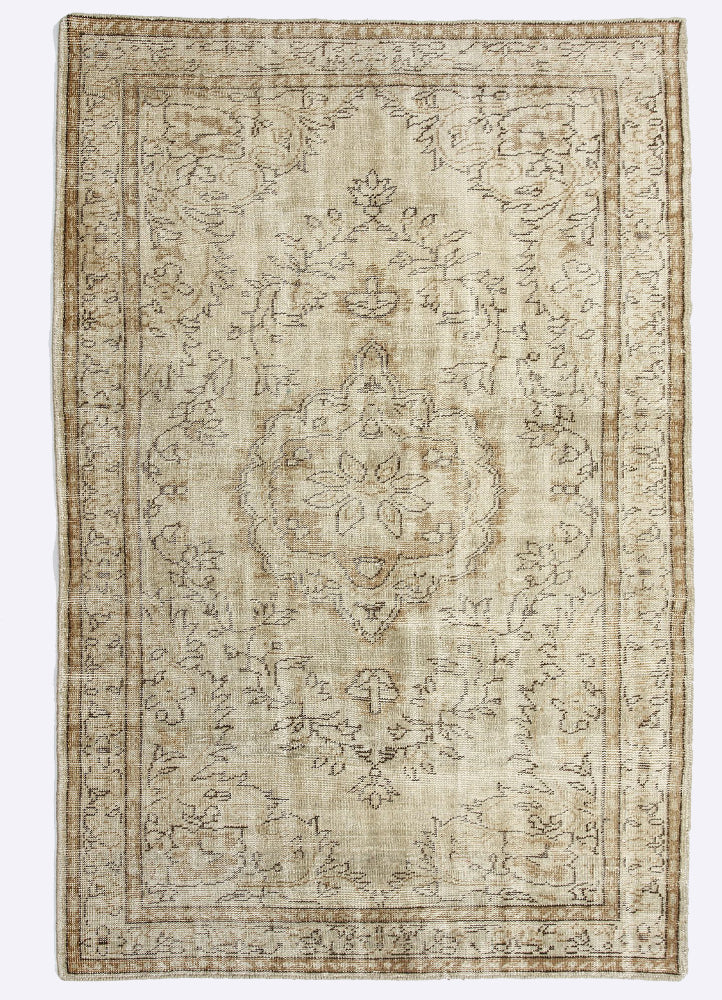 Stonish Wool Hand Knotted Carpet
