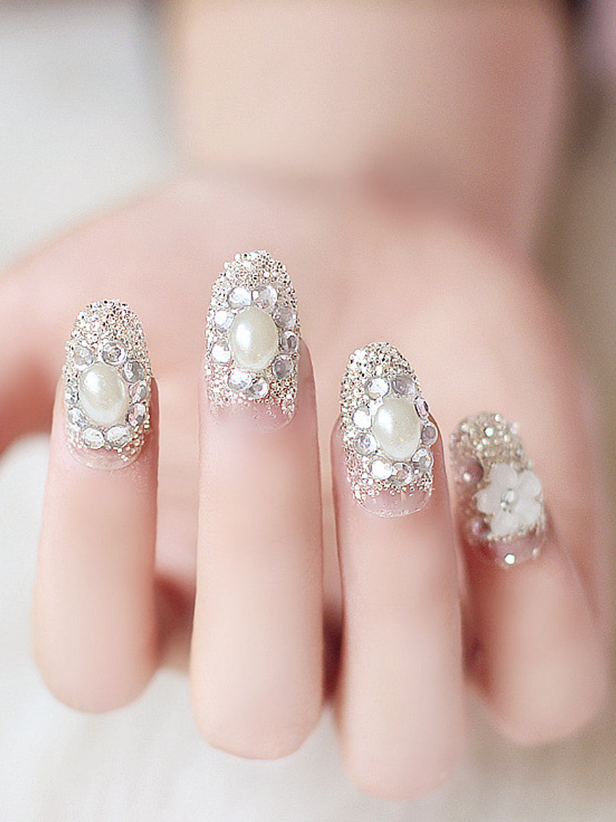 elegant wedding nails