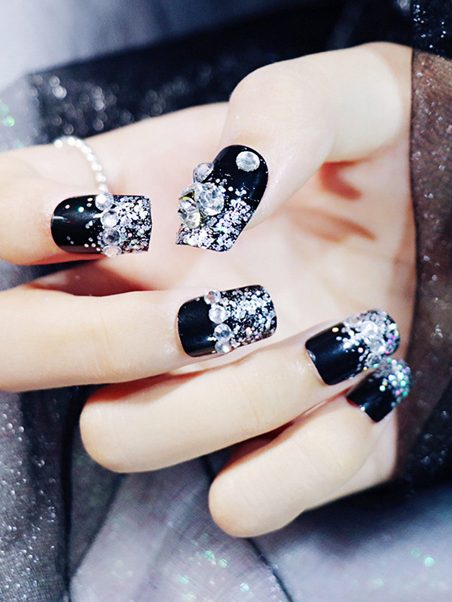 fingernail decorations