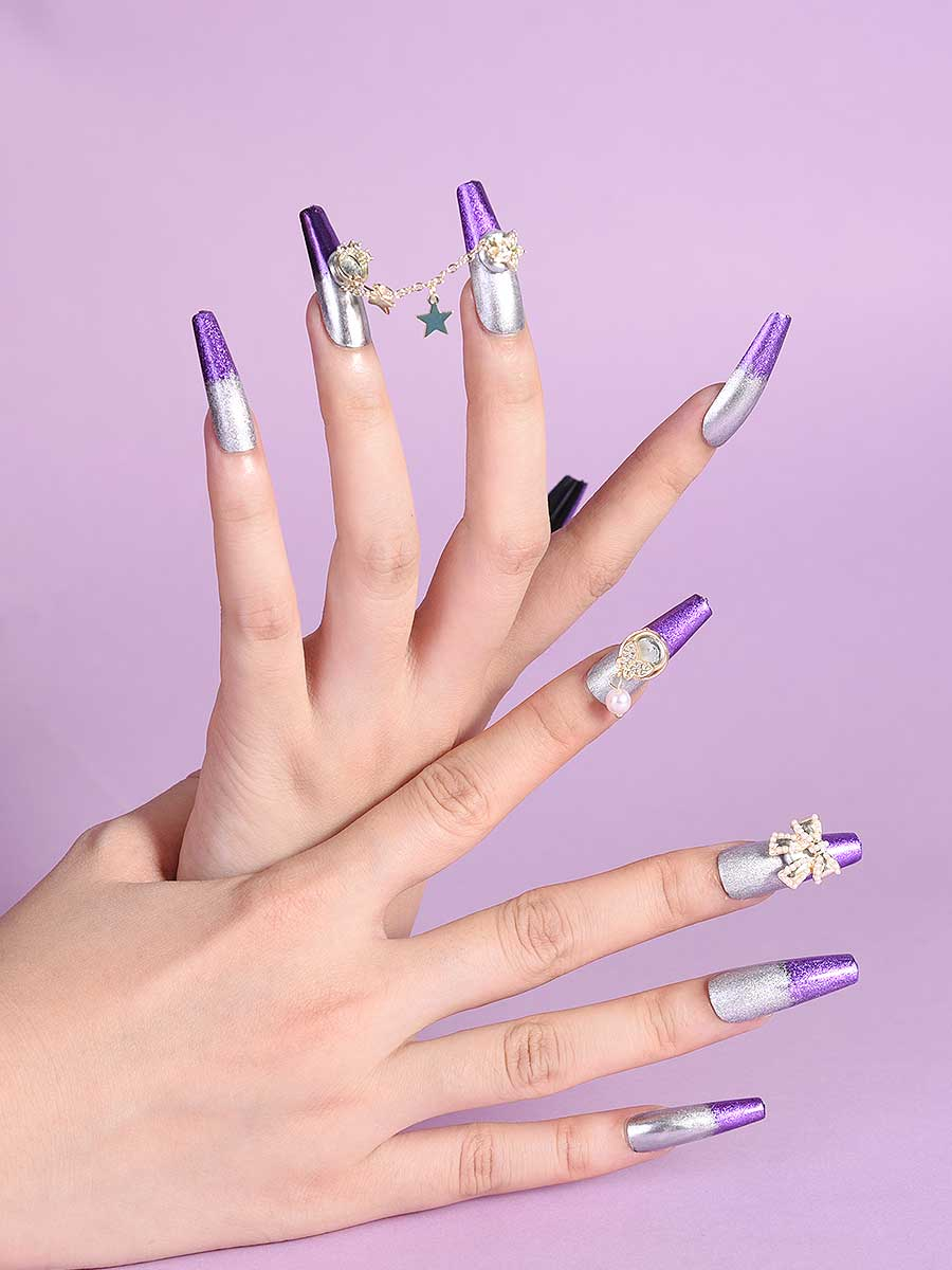 mirror chrome nails