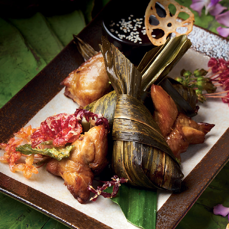 Deep-fried Chicken in Pandanus Leaves - Anantara Siam Bangkok Hotel