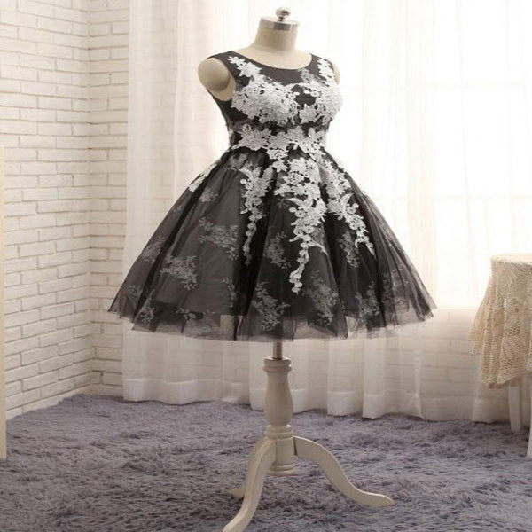 Modest A-Line Tulle Grey Short Homecoming Dresses With Scoop Neckline,Appliqued Juniors Dresses With Sleeveless,VPBD150