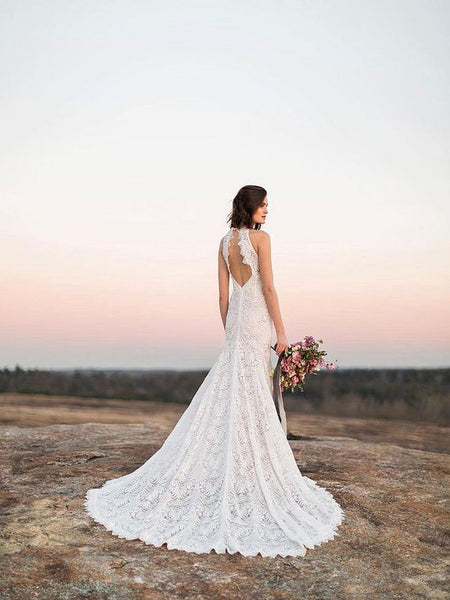 Sexy Sleeveless Wedding Dresses 2018 White Lace Long Wedding Dresses With Open Back Affordable Beach Wedding Dresses Vpwd131