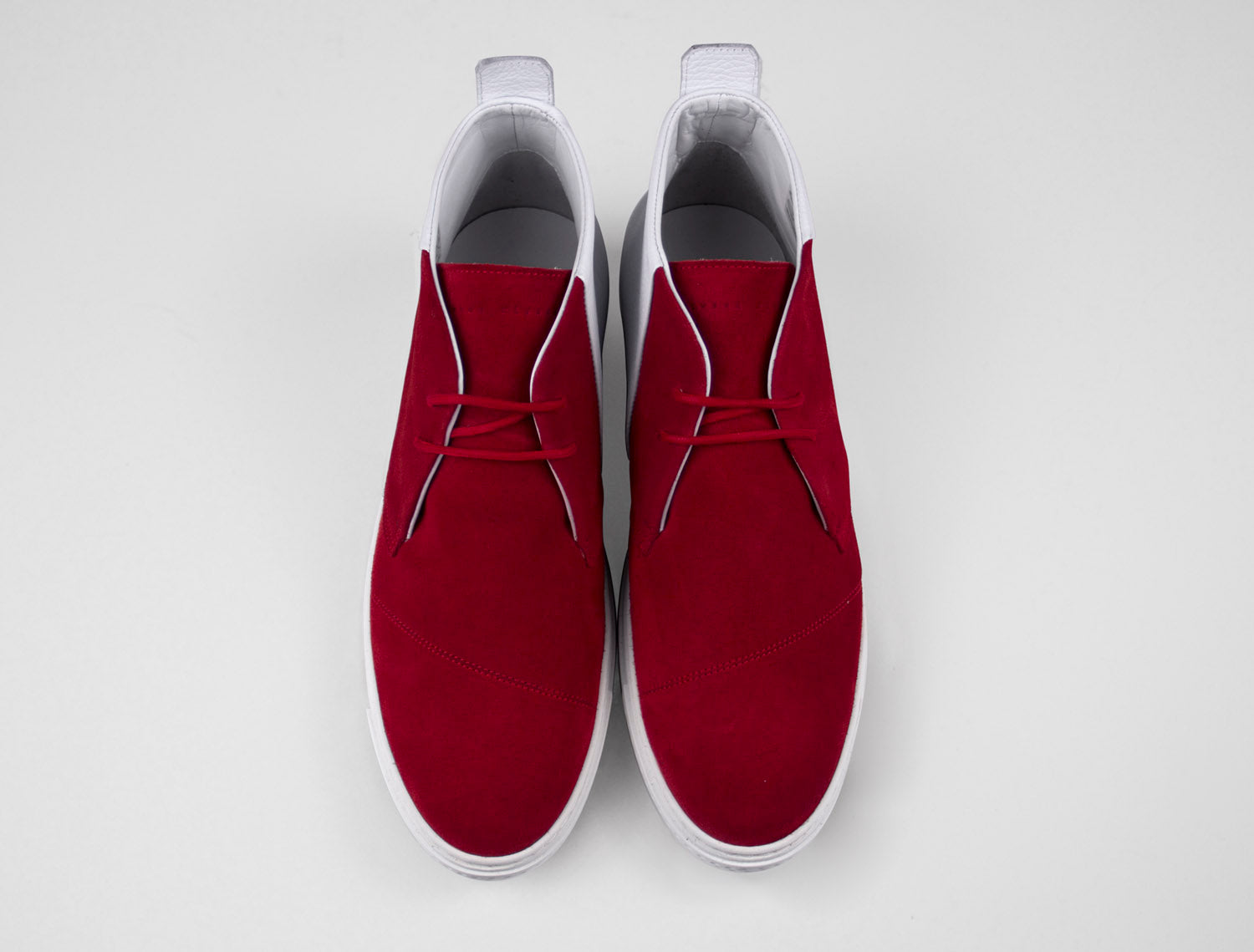 Mens Chukka Trainer in Moscow Red Suede