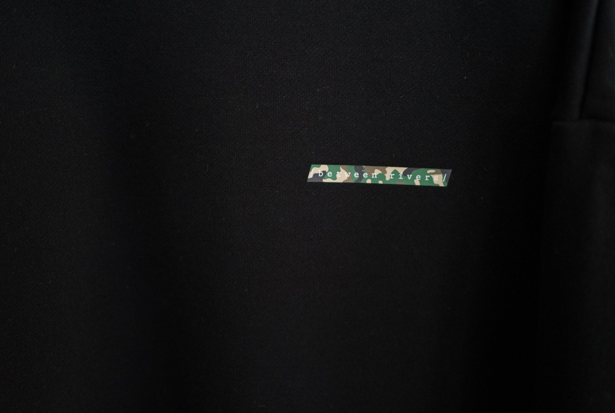LIMITED EDITION Sweatshirt in Black