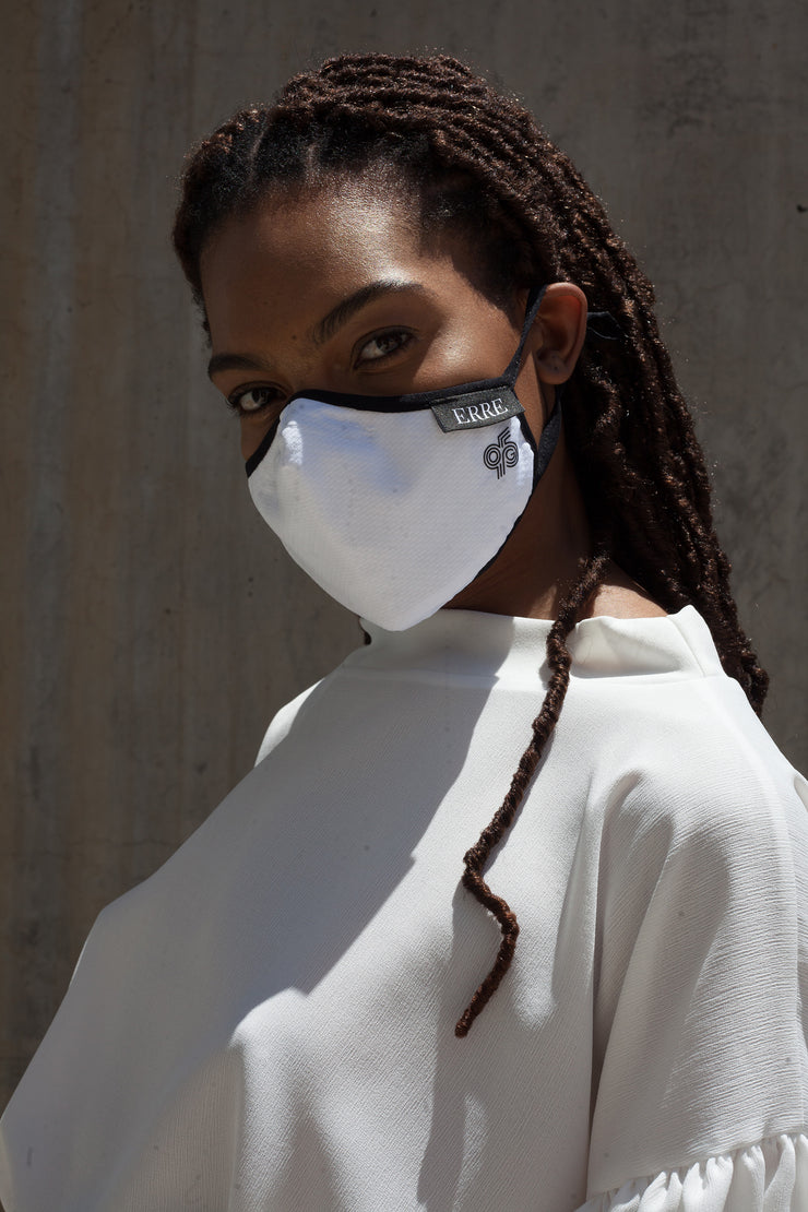 ERRE G95 colab mask in white