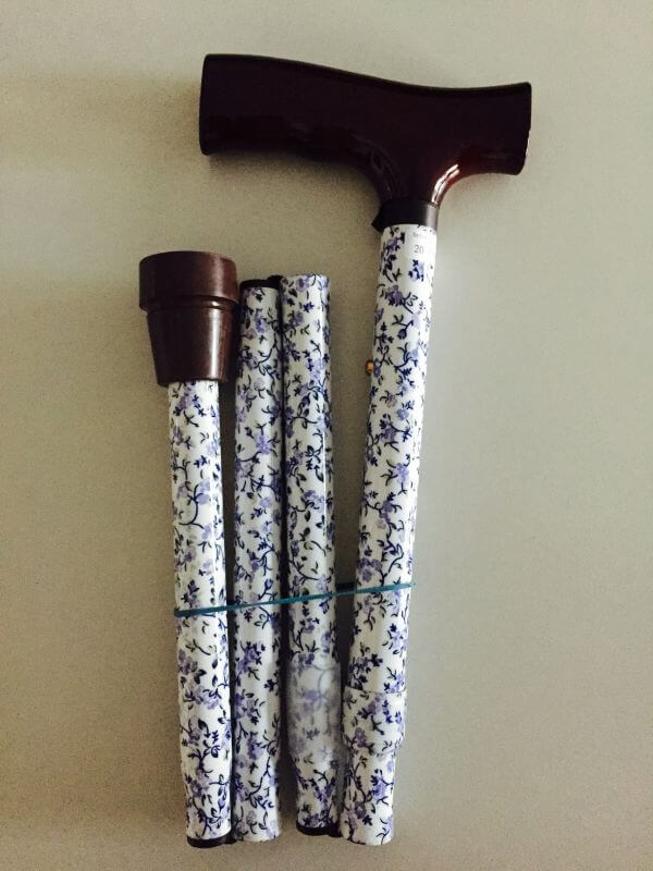 REDGUM FOLDING WALKING STICK - (ARCTIC FLORAL)