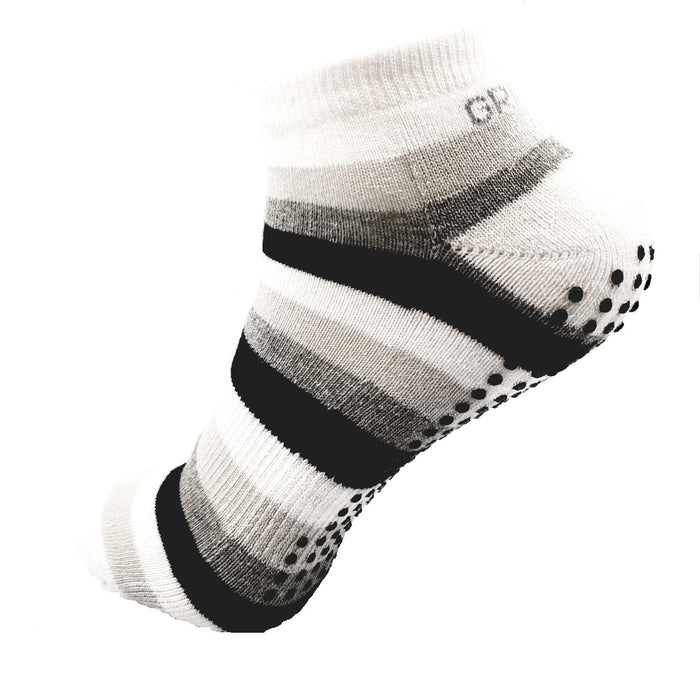 sock,grip sock,falls,non slip,pilates,yoga