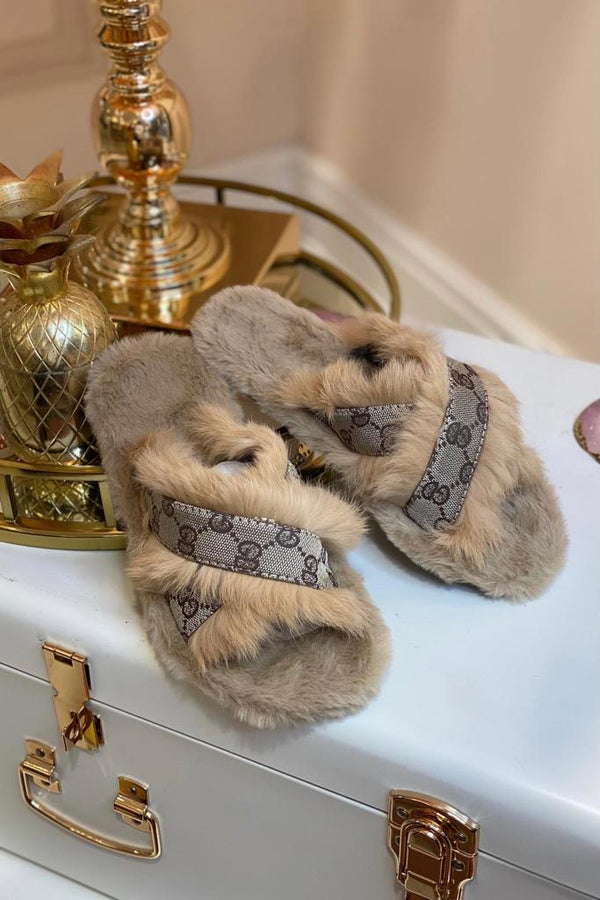 BEIGE FAUX FUR & CANVAS PRINTED GG SLIPPERS