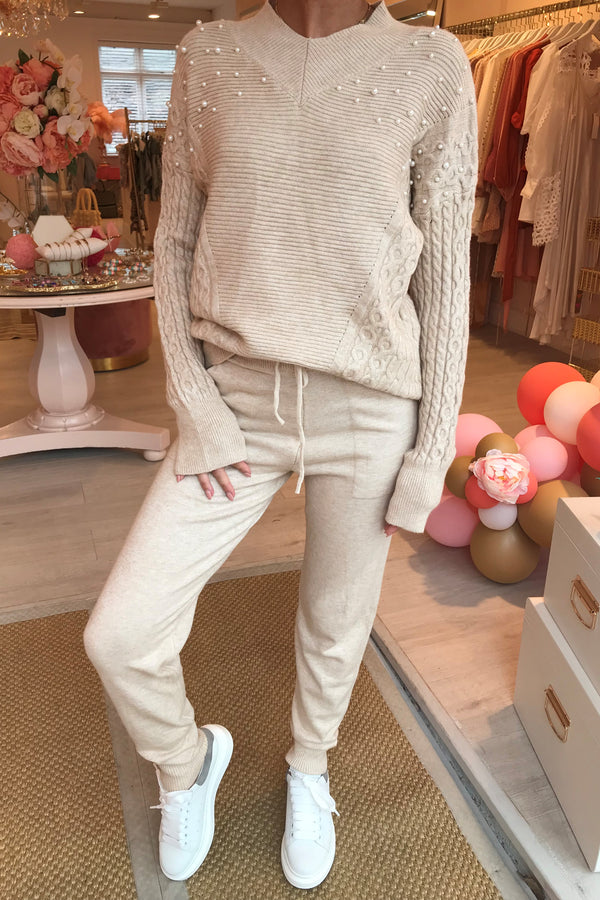 CREAM KNITTED LOUNGE SET WITH PEARL DETAIL