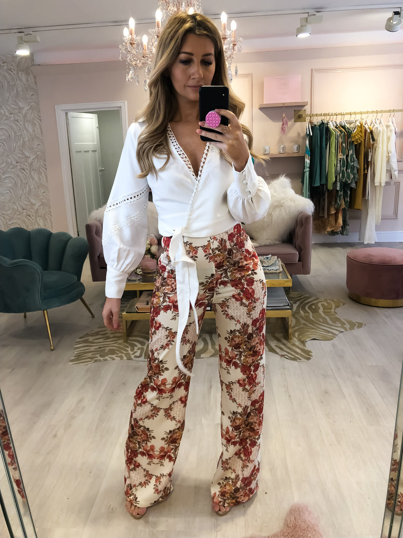 HOPE AND IVY FLORAL PATTERNED TROUSERS